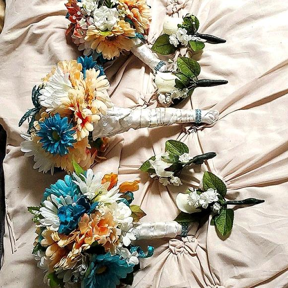 Bridesmaid(3) and groomsmen(4) silk flowers